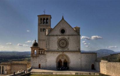Assisi nella civiltà delle Lettere – Pasquale Tuscano